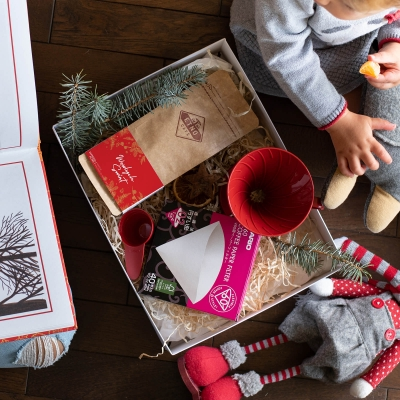 Zestaw prezentowy - Świątecznie się przelewa - Hario V60 - kawa ziarnista Etno Cafe